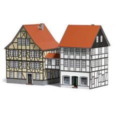 Busch 1538 Häuser mit Übergang