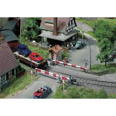 Faller 120172 Beschrankter Bahnübergang