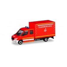 """Herpa 094931 Mercedes-Benz Sprinter Doppelkabine mit Plane """"Feuerwehr Kehl"""""""