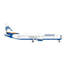 Herpa 53429 Boeing 737MAX9 Sun Express, 1:500