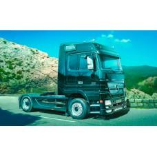 Italeri 3841 Mercedes-Benz Actros Black Edition 1:24