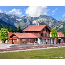 Kibri 36703 Z Bahnhof Château d´Oex