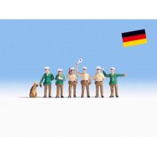 Noch 36090 Polizisten Deutschland Inhalt: 6 Figuren + Hund