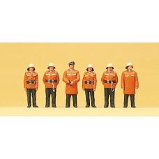 Preiser 10214 Feuerwehr stehend mit Schutzanzug