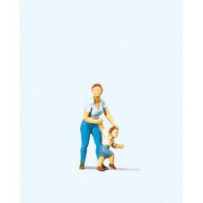 Preiser 28023 Mutter mit Kind