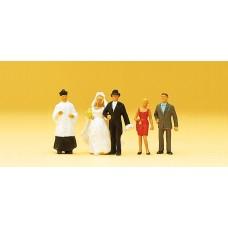 Preiser 14058 Brautpaar mit kath. Pfarrer