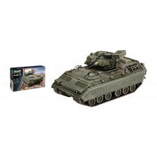 Revell 03143 M2/M3 Bradley Schützenpanzer im Maßstab 1/72.