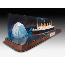 Revell 05599 RMS Titanic + 3D Puzzle (Iceberg)