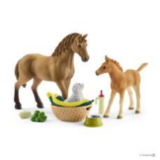 Schleich 42432 Sarahs Tierbaby-Pflege