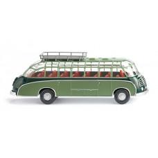 Wiking 073002 Reisebus (Setra S8) - dunkelgrün/resed